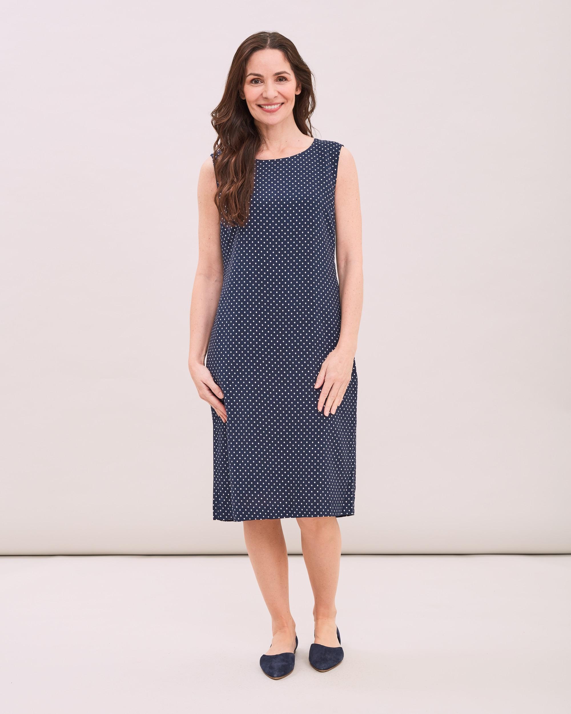 Prickig klänning Jackie - Marinblå